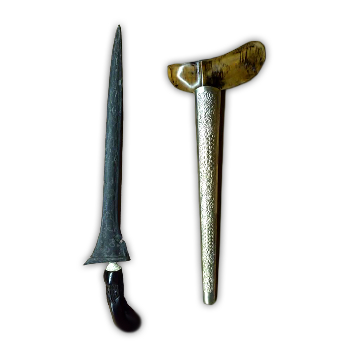 Keris Laler Mengeng with Elegant Pamor Jung Isi Dunya forge-folded in the Tangguh Pajang Era (16th Century CE)