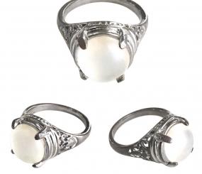 Magic Moonstone Jewel Ring possessing Spiritual Qualities that ensure Successful Progress
